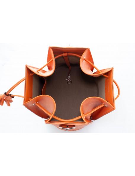 DE GRIMM Capucine précieux - Sac seau en cuir d'autruche 2,400.00